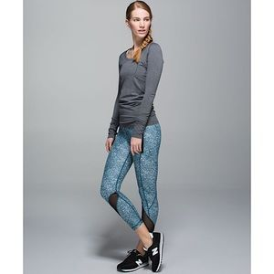 Lululemon 'Inspire II' Cropped Tights - Full On Luxtreme